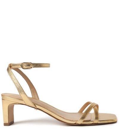 Sandália Dourada Salto MEdio Bico Quadrado
