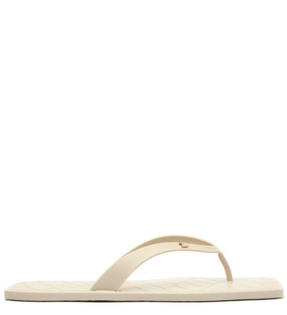 Chinelo Off-white Bico Quadrado Brizza Square