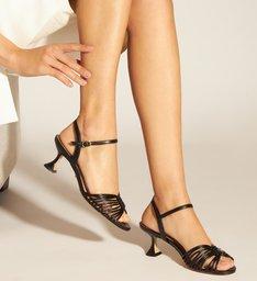 Sandália Preta Salto Taça com Tiras Finas