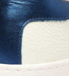 Tênis de Couro Branco de Sola Caixa Alta Azul Safira