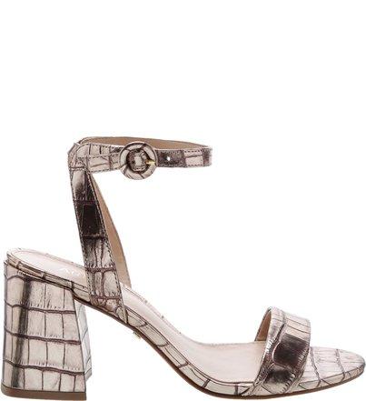 d177f12be Sandálias| AREZZO | Clique e encontre diversos modelos para arrasar
