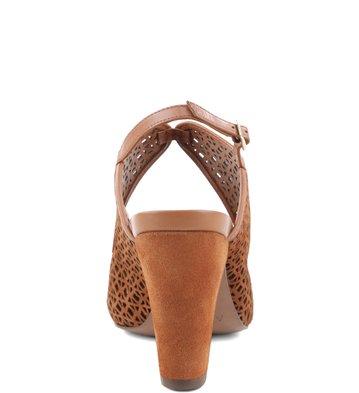 Sandália Recortes Soft Camel