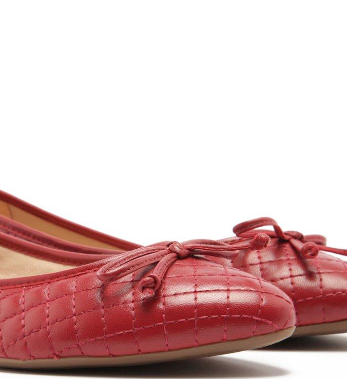 Sapatilha Matelassê Tiny Bow Cherry Red