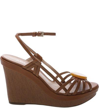 c40fcf3fa2 Promoção  Sapatos e Bolsas com Descontos Especiais