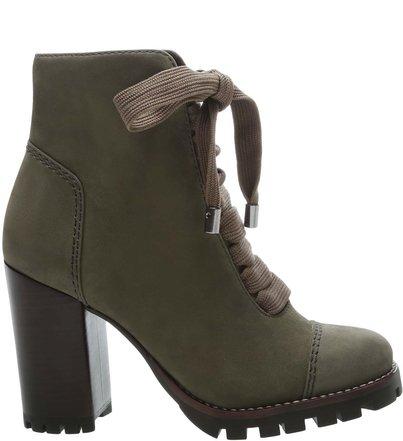 ad2085a68 Botas | AREZZO | Confira botas em couro, coturnos, cano curto e mais